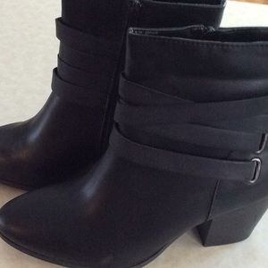 """a.n.a black boots size 9 1/2 Wide. 3"""" heels."""
